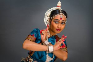 HopStop: Mouli Pal and Friends – Dance from India @ CSB Community Center: City of Claremont | Claremont | New Hampshire | United States